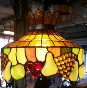 Vintage Tiffany Style Hanging Light 189 The Barn Ridley